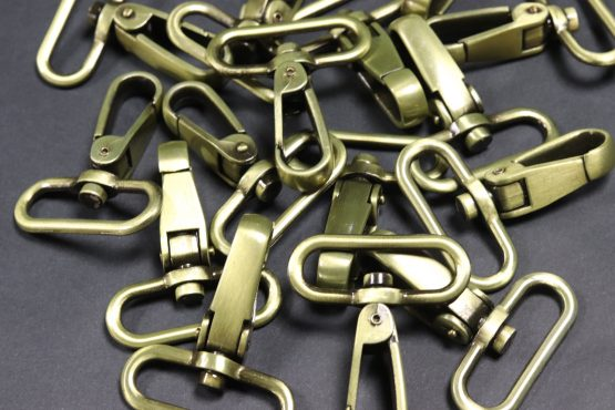 Carabiners Old Brass 40mm